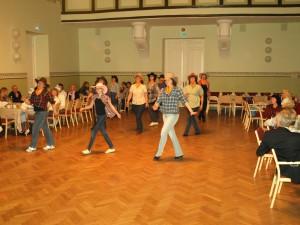 Rahvusvahelise tantsupäeva pidu seltsimajas